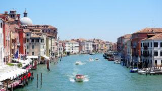 新婚旅行にぴったり!ヴェネツィアを観光。